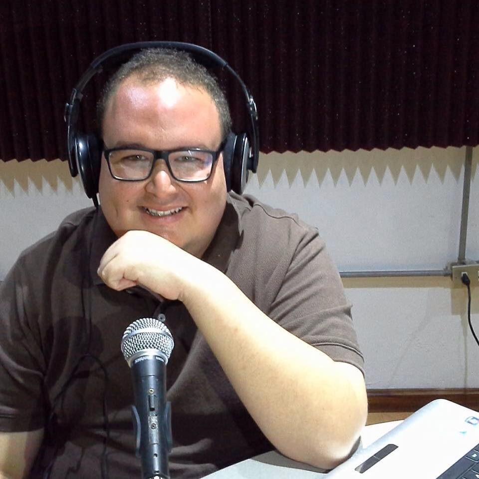 Andree Cardona - Licenciado en Relaciones Internacionales