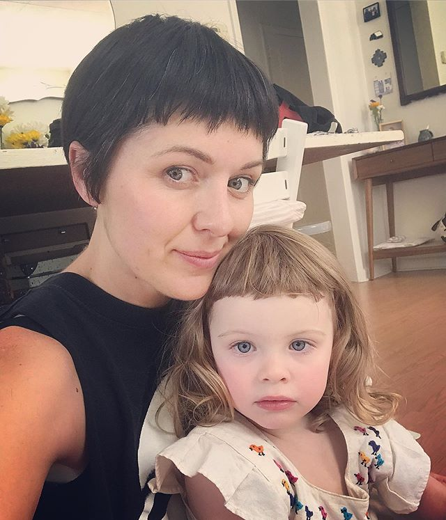 Got a visit from these riot gurls yesterday. It's good to be home and back to work• • • • • #hairbyjamiecook #razorcutting #bangs