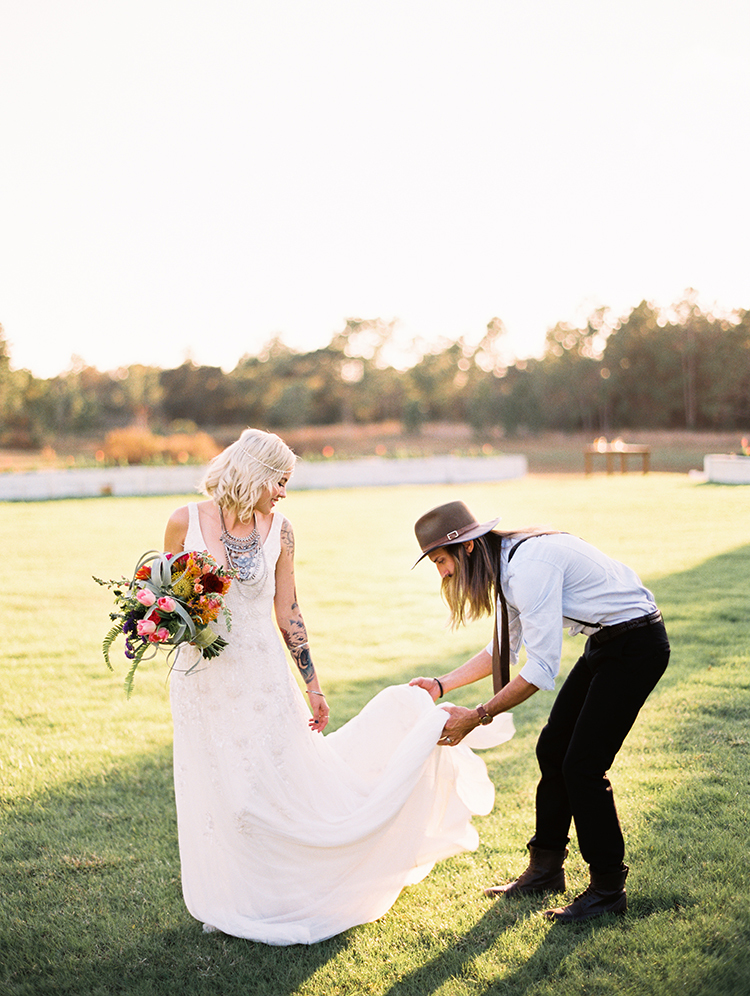 vibrant-southern-bohemian-wedding-inspiration-03.jpg