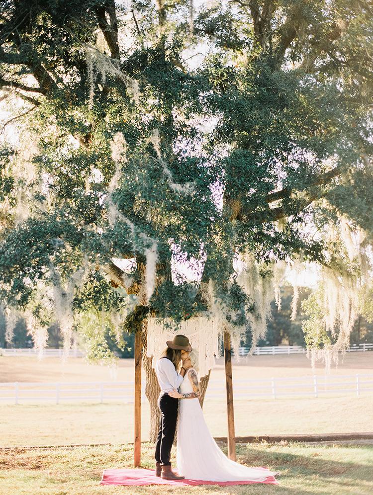 vibrant-southern-bohemian-wedding-inspiration-14.jpg