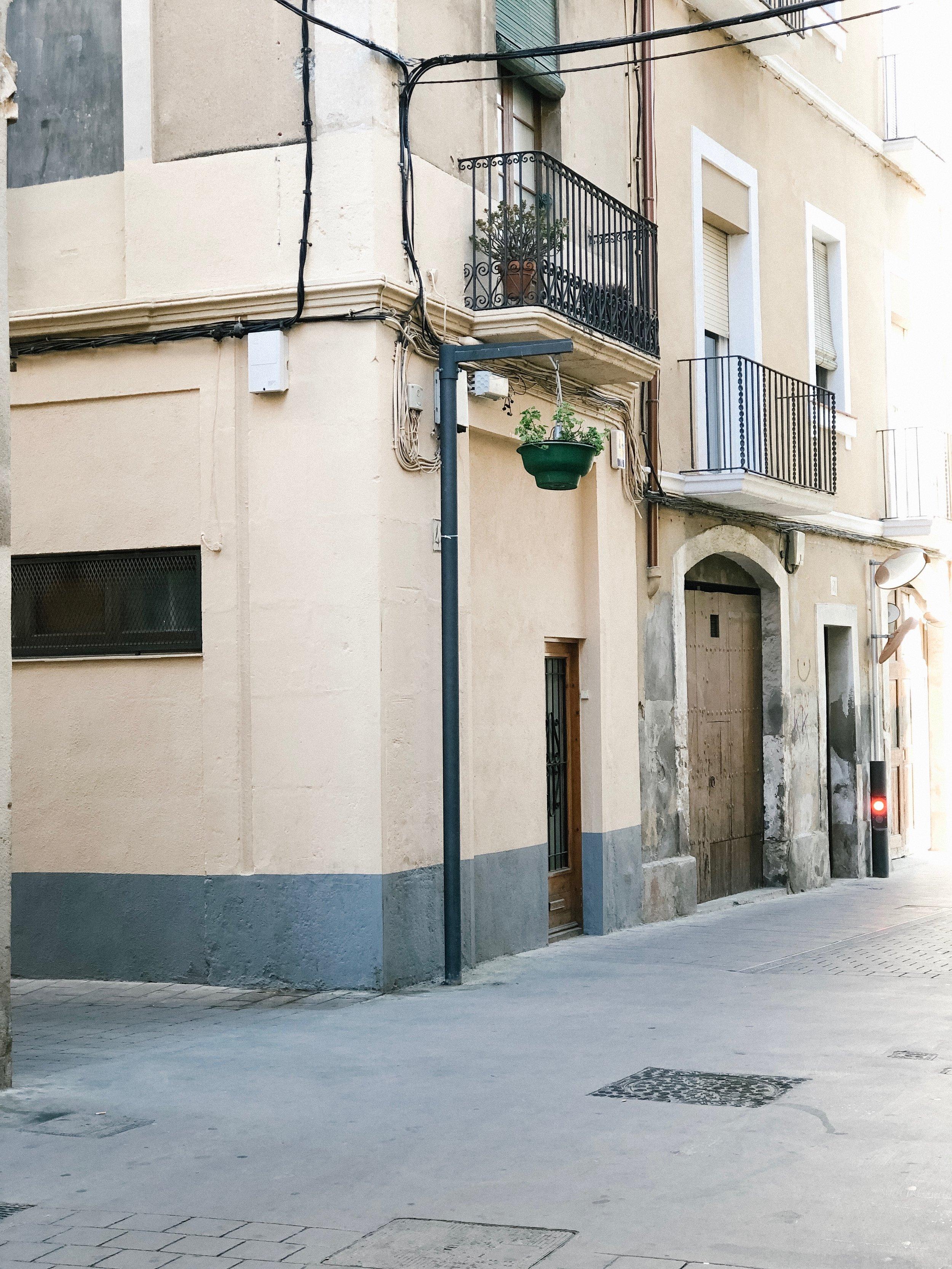 barcelona_honeymoon_vilafranca_del_penedes_1.jpg