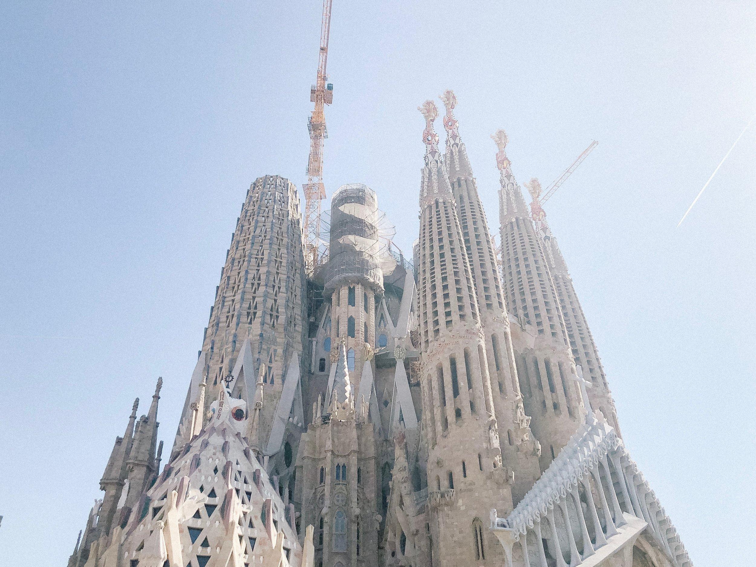 barcelona_la_sagrada_familia.jpg
