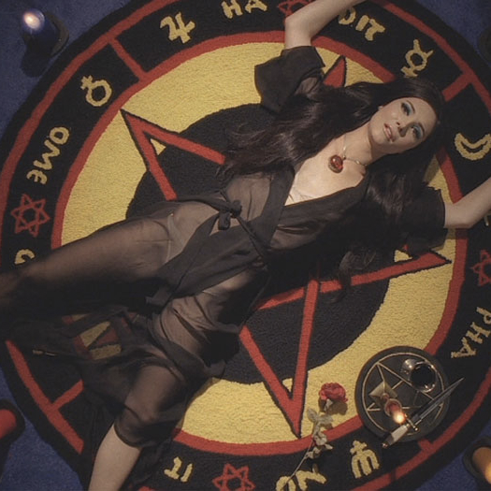love witch 5.png