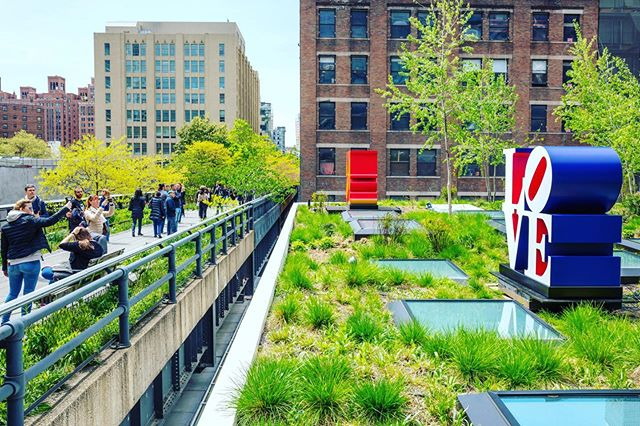 """LOVE is in the air 💛 Robert Indiana's famous 'LOVE' sculptures arrive along the @highlinenyc - This past fall, the Kasmin Gallery opened a 5,000-square-foot space + rooftop sculpture garden next to Zaha Hadid's futuristic condo 520 West 28th Street. And to kick off the summer season, the High Line-adjacent space has just announced a new sculpture garden show–a trio of works from Robert Indiana's famous """"Love"""" series. The pieces showcase the word in English (Love), Spanish (Amor), and Hebrew (Ahava), which, according to a press release """"represent three of New York's most historic and influential dialects, celebrating immigration and lingual diversity in one of the most visited public art spaces in the city."""" Pop artist Robert Indiana passed away last year. His original version of """"Love"""" was a print created for MoMA's 1965 holiday card. He then depicted the image in sculpture in 1970. The original remains in his home state at the Indianapolis Museum of Art, but there is another version on Sixth Avenue and 55th Street. When Indiana hosted his first solo exhibition in NYC in 1962, he was represented by the Kasmin Gallery.  Since that time, the """"Love"""" sculpture has been done in Hebrew, Chinese, Italian, and Spanish, but this is the first time that this trio is on view together. The cor-ten steel """"Ahava"""" has been on permanent display at the Israel Museum in Tel Aviv since 1977. It is a memorial tribute to Bishop James. A Pike, who died in Israel during a research trip in the Judean Desert. The red-and-yellow polychrome aluminum """"Amor"""" was first displayed in Madrid in 2006; since 2013 it has remained at the National Gallery of Art Sculpture Garden in Washington, D.C. """"Love"""" is now displayed in major cities across the U.S., Europe, and Asia. The Kasmin Gallery series is currently on view through the summer. Article by @6sqft ***************************************** Discover more about #ChelseaNyc and #TheHighLine   click link in bio to watch my Walk in the neighborhood! #a"""