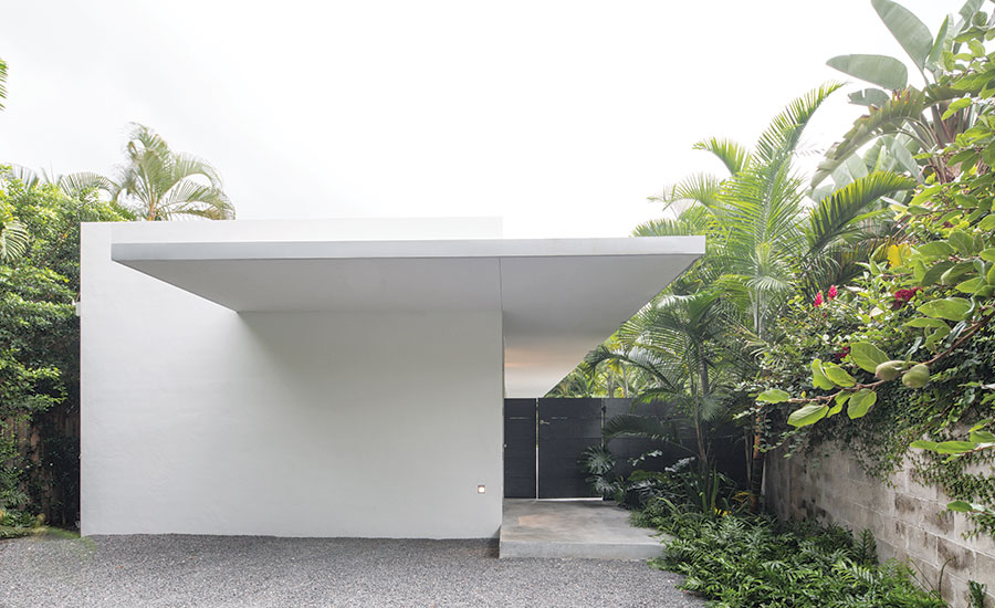 1808-Perspective-House-of-the-Month-Coconut-Grove-01 (1).jpg