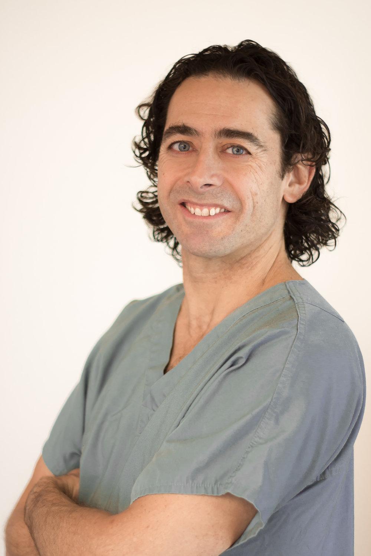 Dr. Dan Deckelbaum