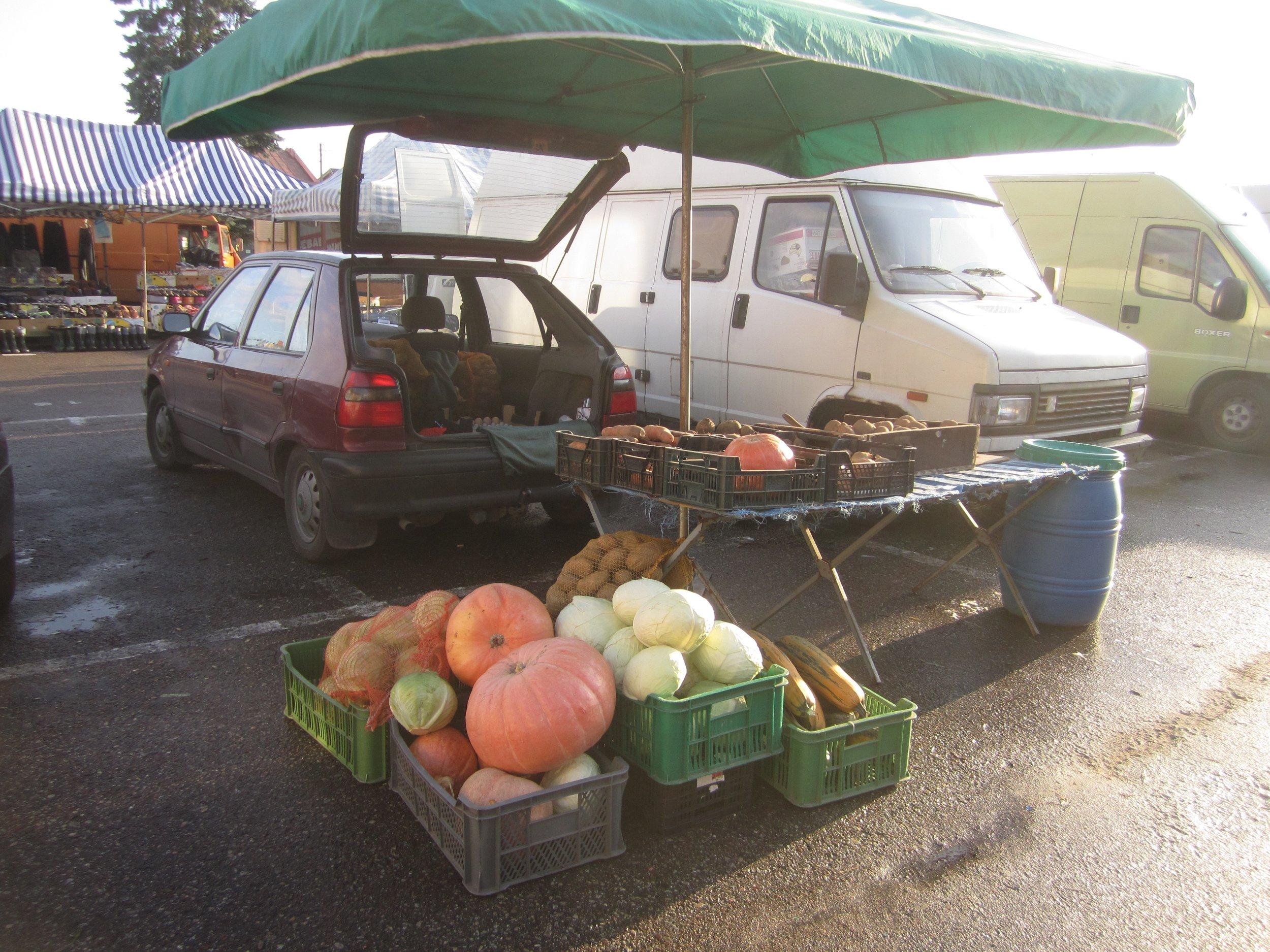 Zuromin market produce.jpg