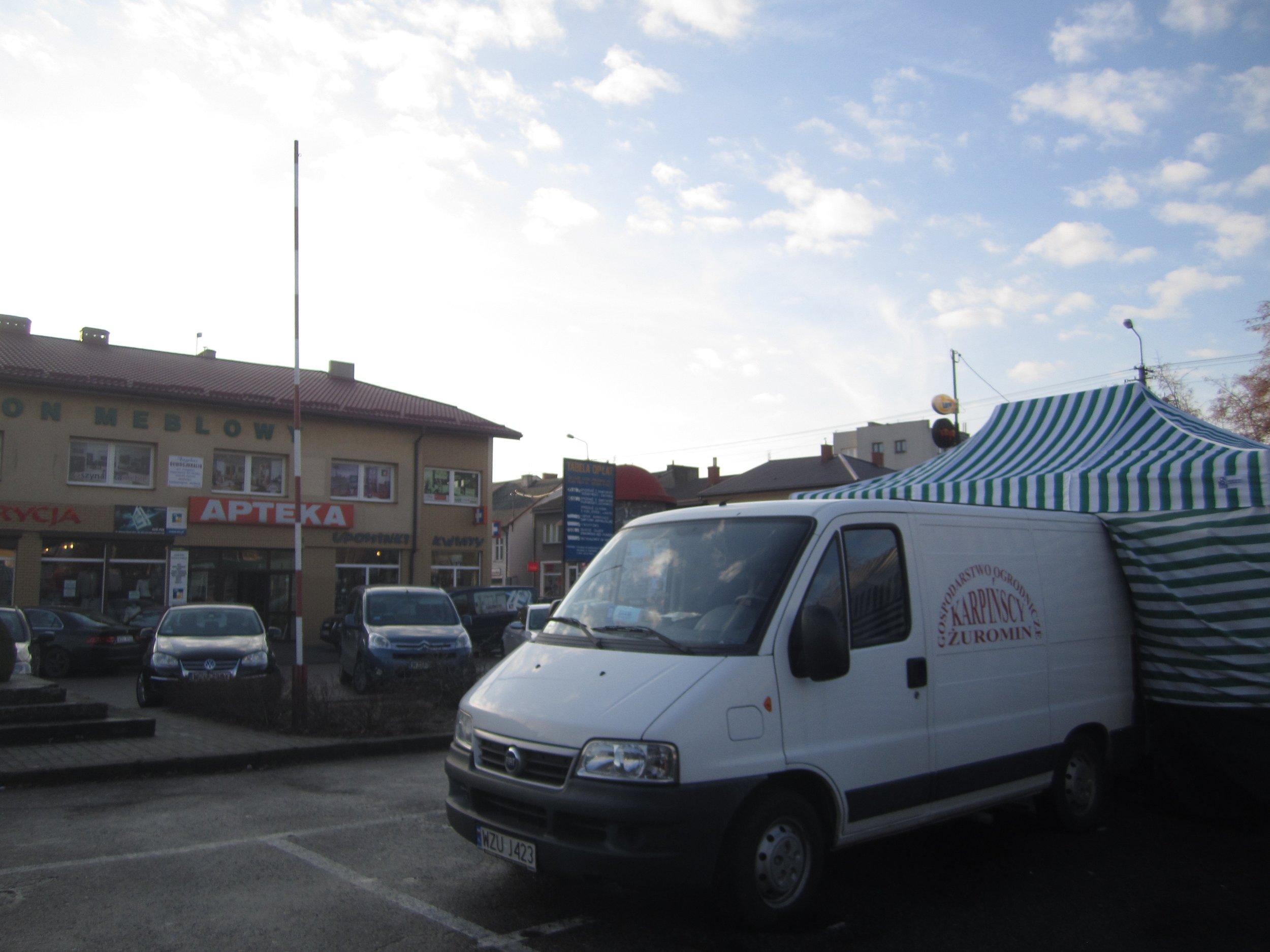 Zuromin market van.jpg
