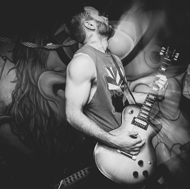 Easy like a #sunday morning 🍳 #photography by @jimlouvau #janenthejungle #jntj #alternative #rock #band #gibson #lespaul #livemusic #coachella #sunsoutgunsout #instagood #instamusic #musician #artist #rockstyle #rocknroll #style #goodmusic #guitarist #life #vibes #mood #follow #sundayfunday #guitar #livemusic #concert #show