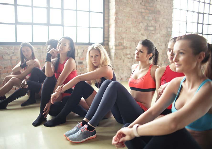 aerobic-class-fitness-866021-crop.jpg