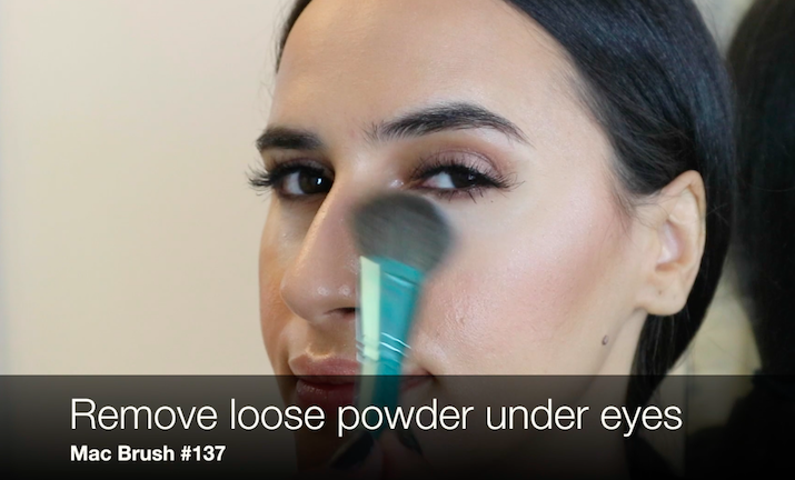 loose powder makeup