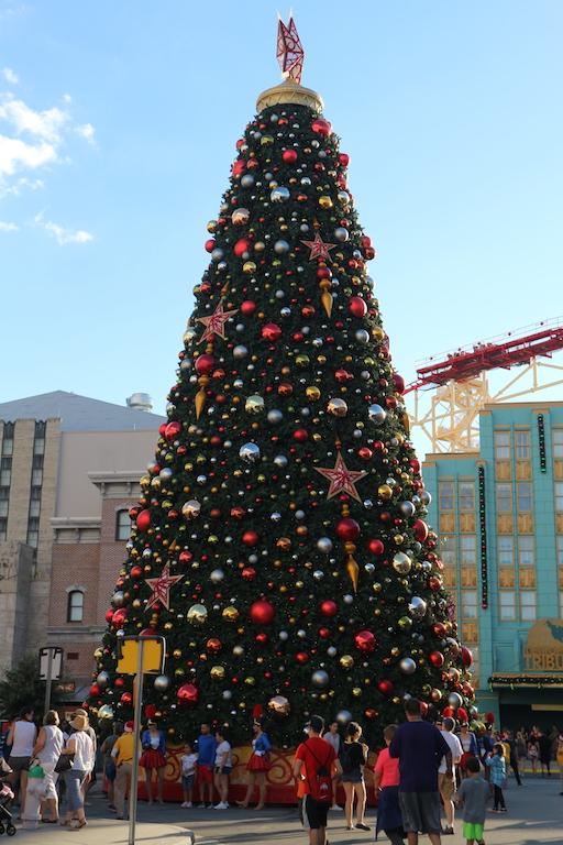 christmas universal studios holiday florida.JPG