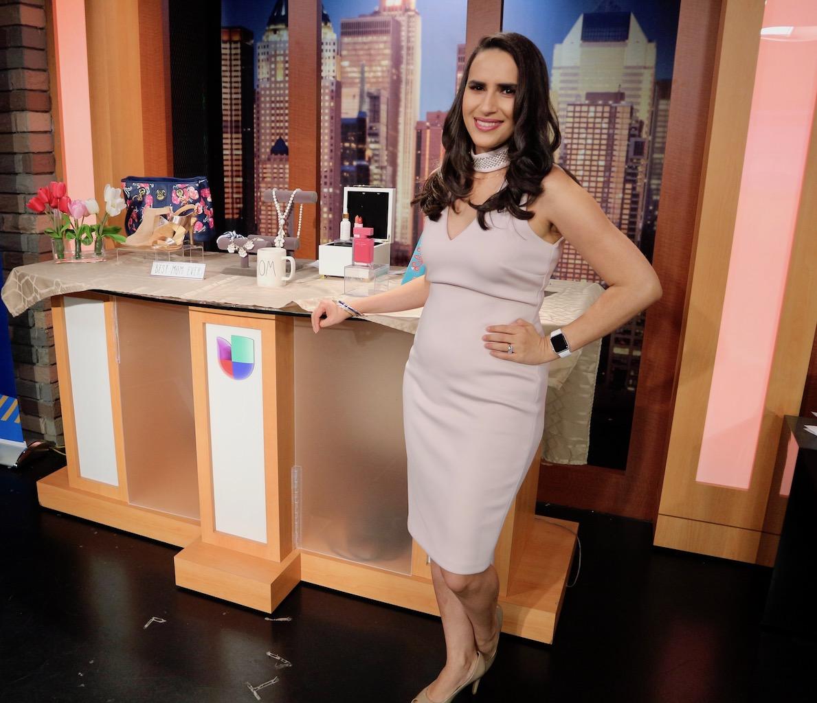 Lifestyle Expert Mercedes Sanchez on Univision 41 Al Despertar