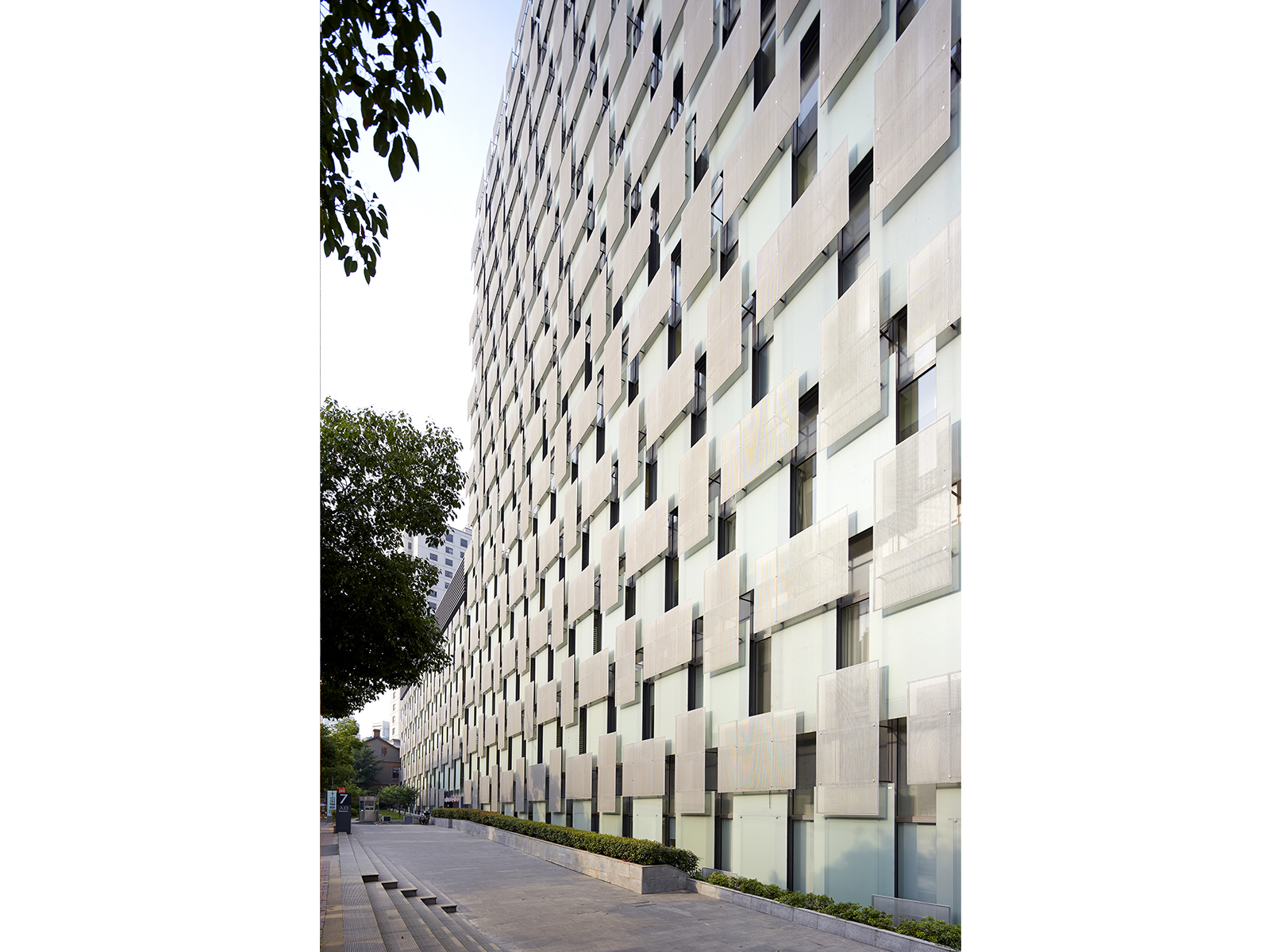 Nanjing-Drum-Tower-Hospital_Right_031.jpg
