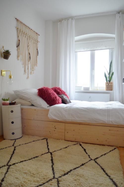 Minimal Bed DIY