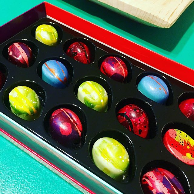 A stop by @kateweiserchocolate for a box of my favorites...truly nothing short of art. #sweettooth 🍫