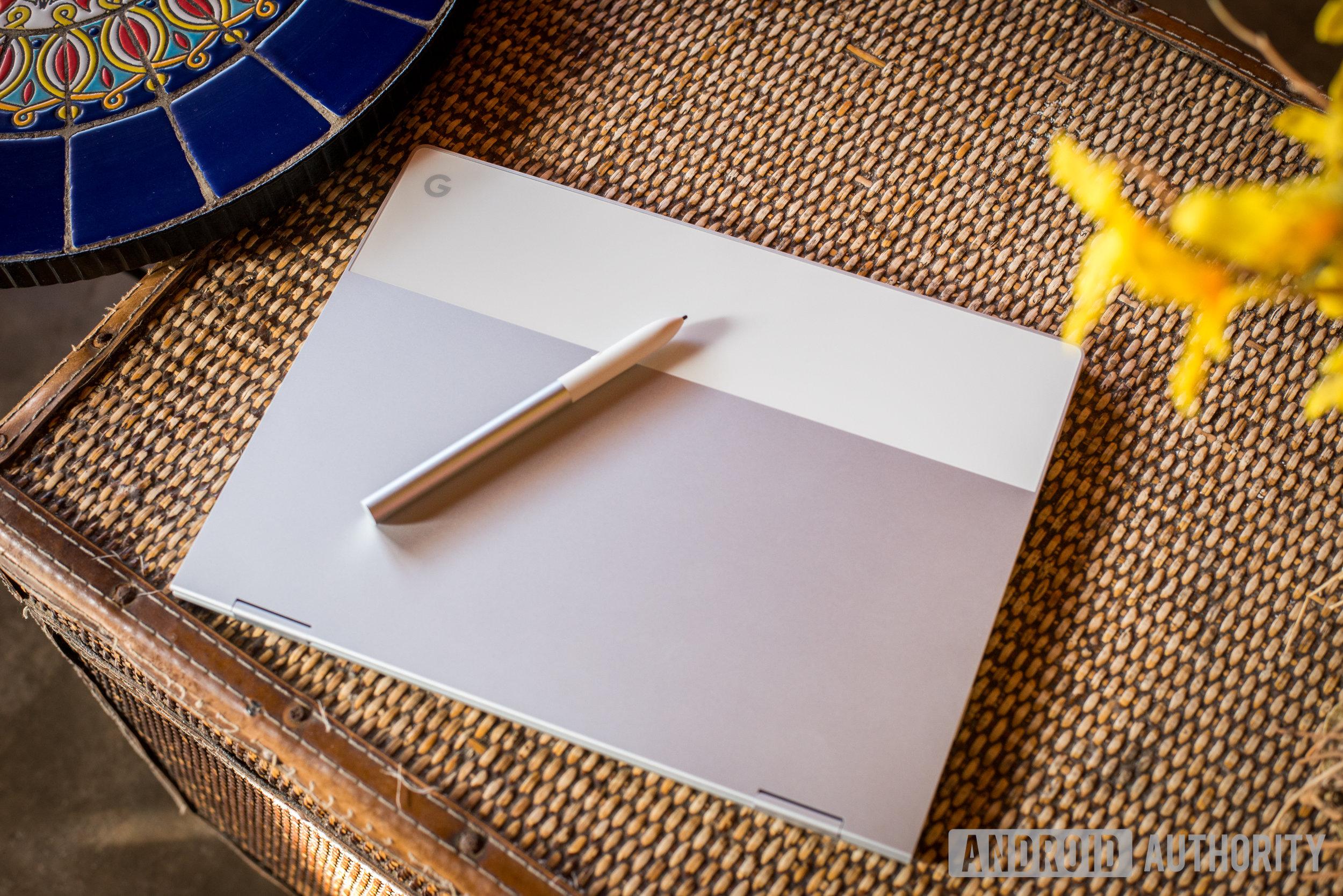 Google-Pixelbook-AA-1.JPG