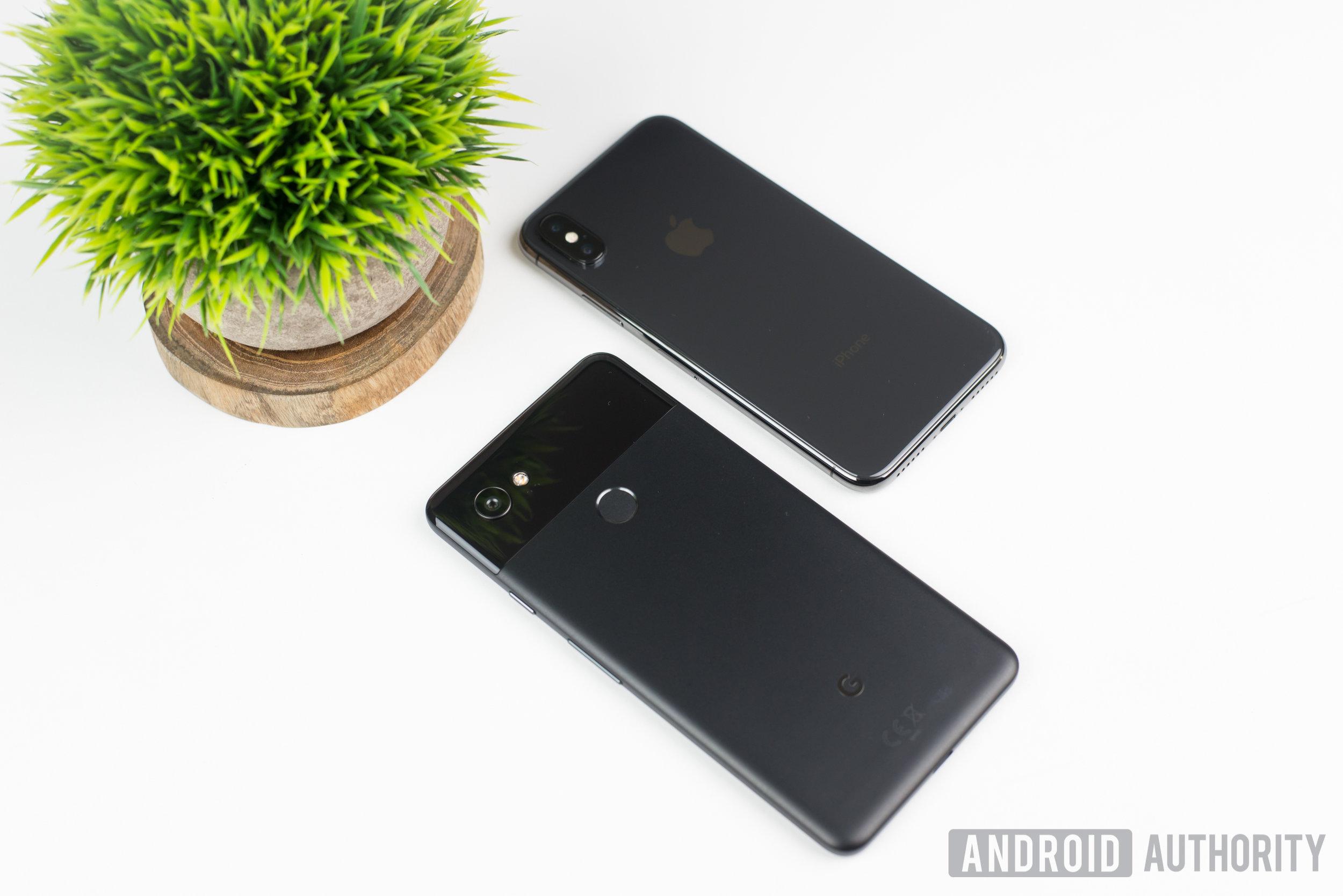 iPhone-X-vs-Google-Pixel-2-XL-1.JPG