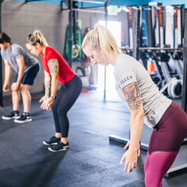 At Remedy Athletics, there's no man left behind. We warm-up together, we workout together, we do life together.  If you're looking to get fit, healthy and stay consistent with your goals, we just might be the right gym for you.  You're ready to get started, and we have your plan. Click the link in bio to schedule your Free tour today. 💪🏼 #remedyathletics #marysvillewa #localgym