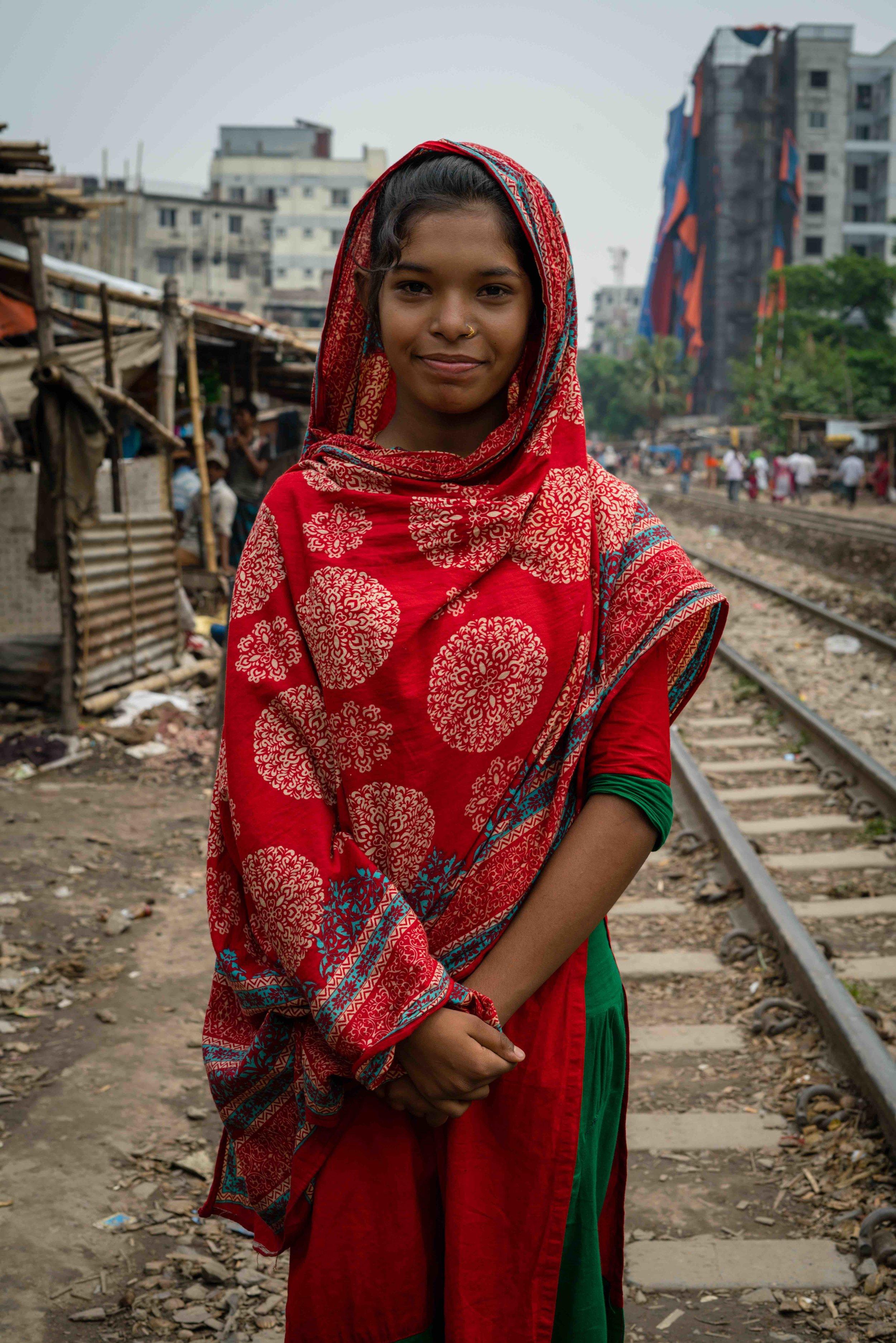 F2H_LaurenKanaChan_Bangladesh_Slum Education-10 copy.jpg
