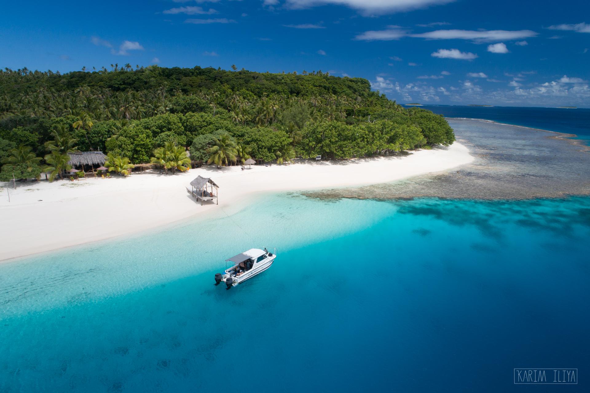 island-private-boat-tonga-white-sand.jpg