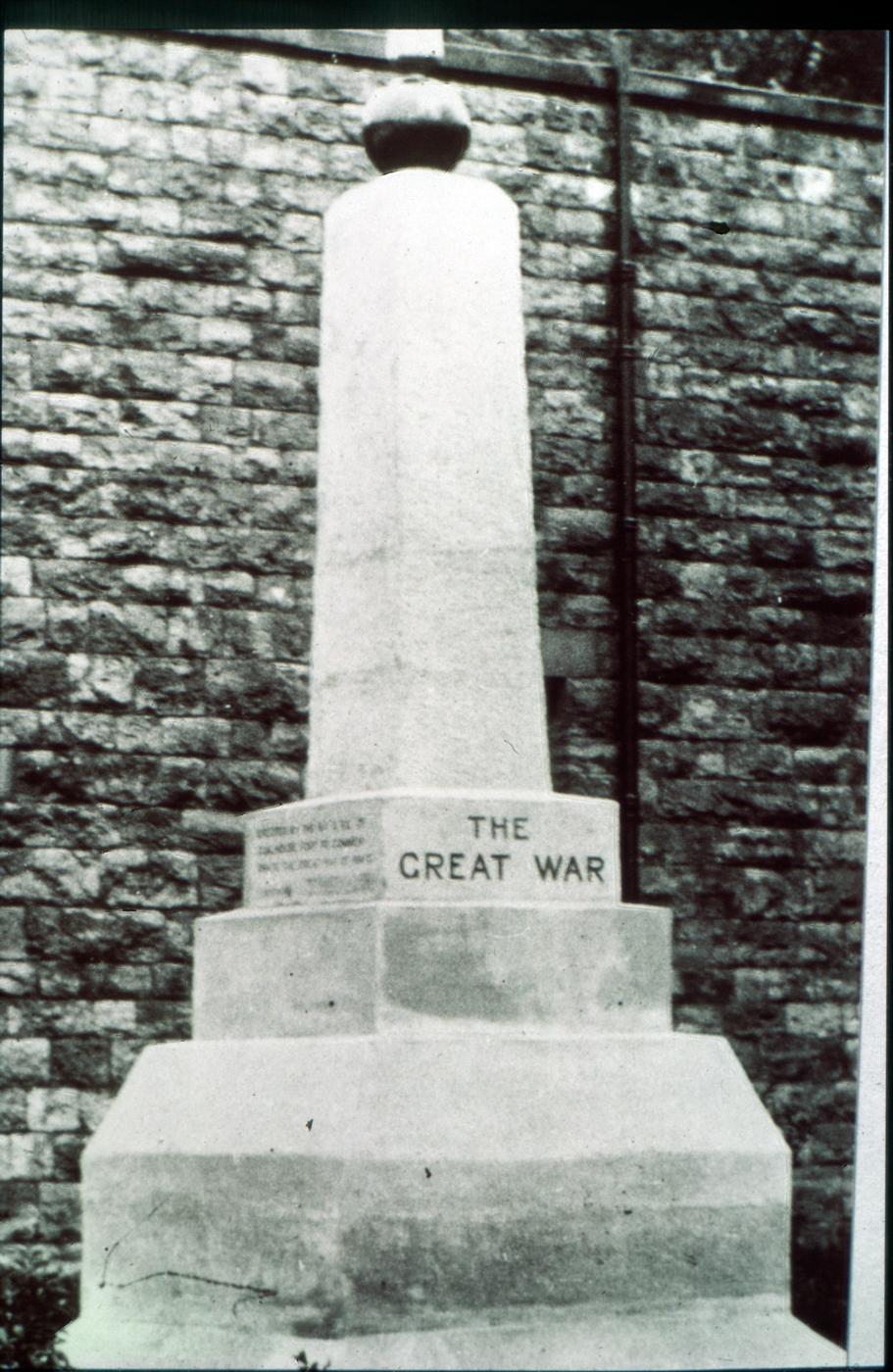 CHF_Great_War_Memorial.jpg