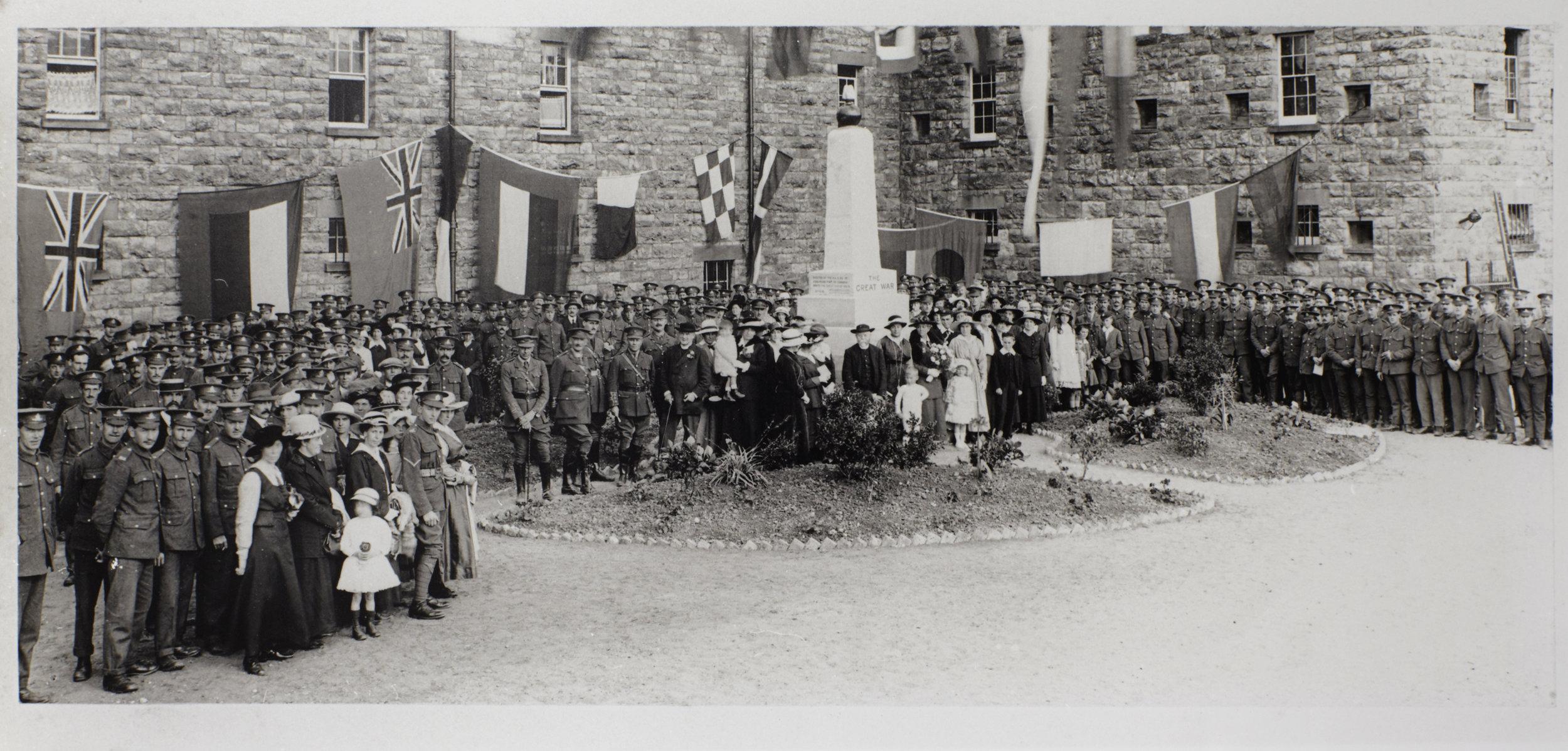 Digital_Archives_Photo_ROYAL_ARTILLERY_OFFICERS_1886_01.jpg