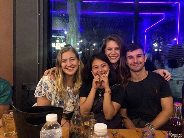 How lucky I am to have met people that make saying goodbye so hard! ❤️ I'm so beyond thankful for these these people, and also for the amazing fam whose made my time in Thailand what is is! 🥰