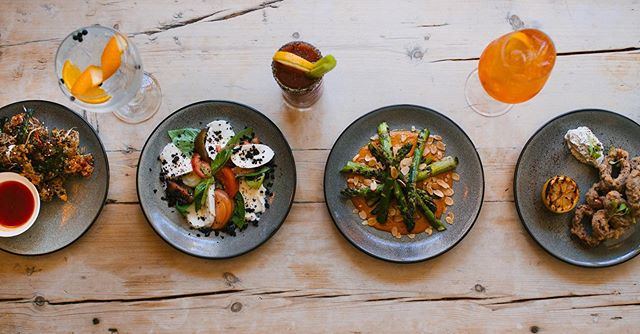 Hungry? Stunning plates and drinks going on right now at the @earthandstars! @chef.robinelwell slamming the menu and knocking out amazing food 24/7. Open tonight for Friday night dinner! Loads of Vegan, Veggy and Gluten Free dishes  too x pic @inbetweendays.lifestyle