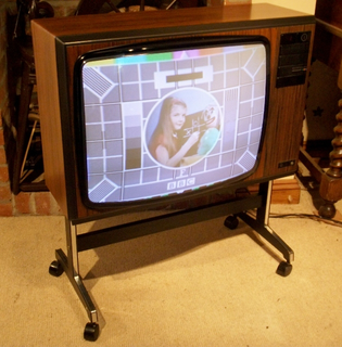 80s TV set.png