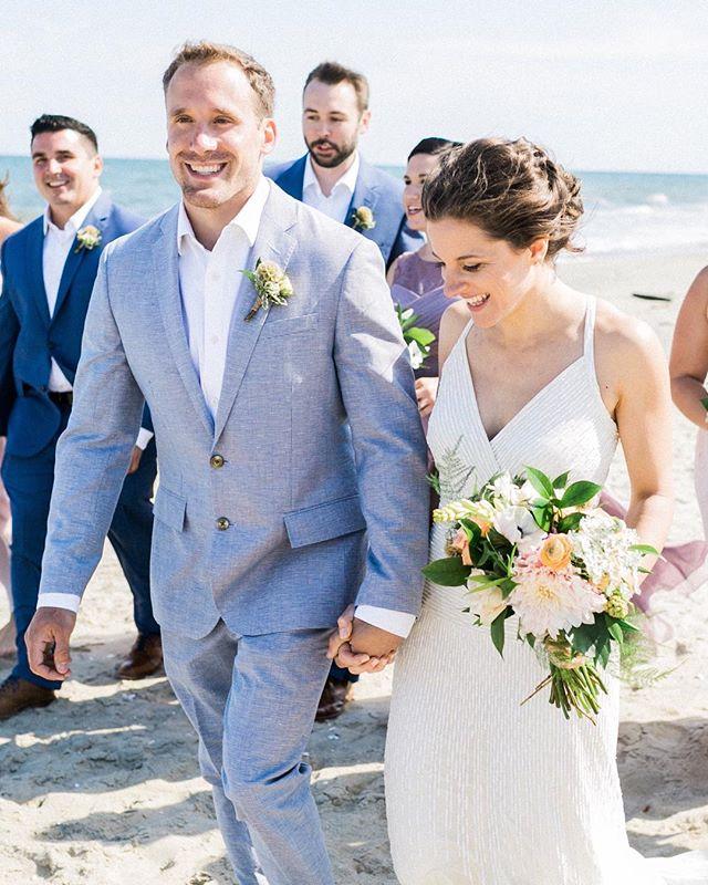 It's beach weather and finally time for summer weddings! #welcometosummer  Photography: @alexisjunewed | Dress: @jcrew | Florals: @reynoldsgardenshop | Rentals: @rusticdrift