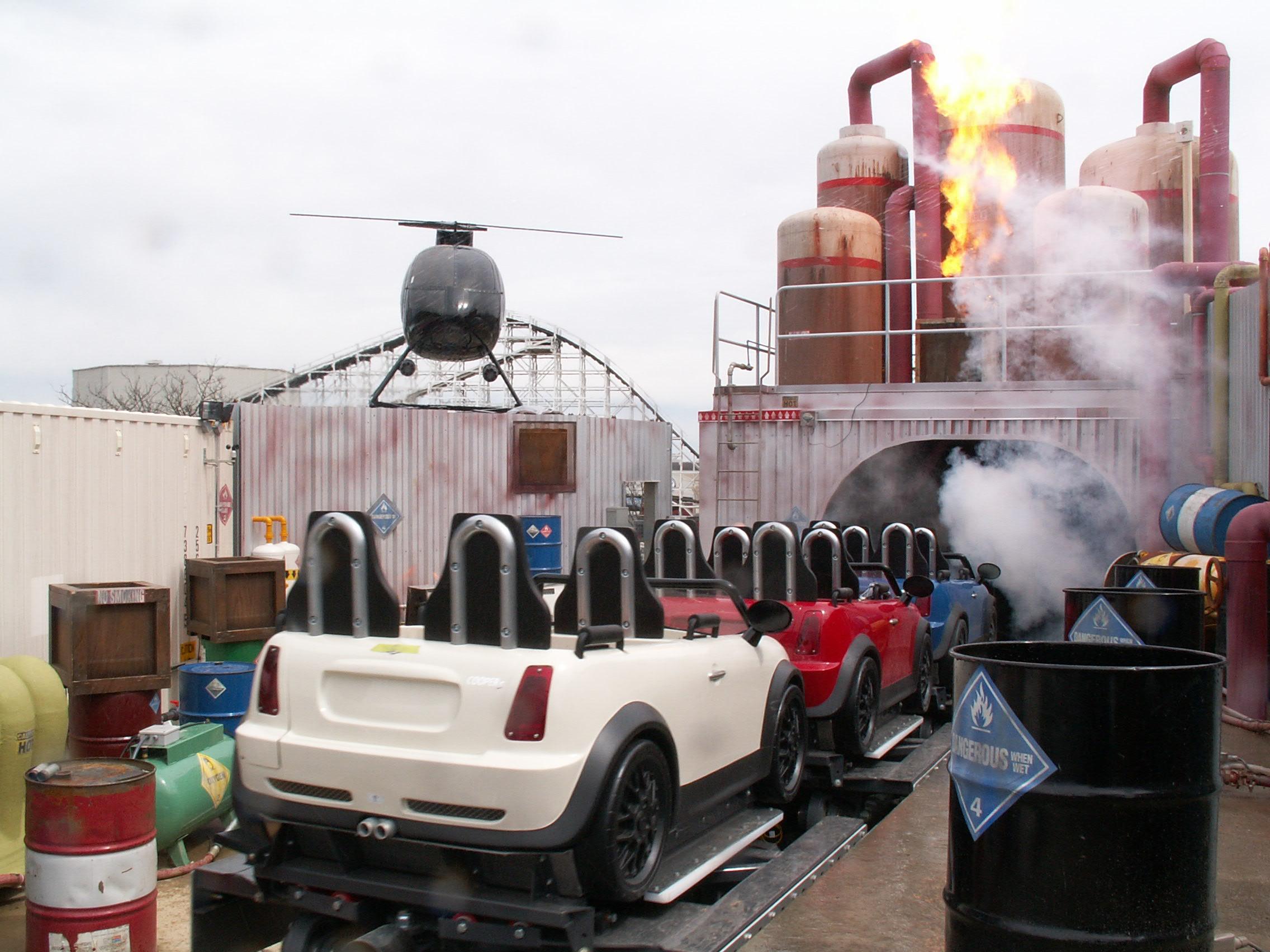 Italian Job Stunt Track - Paramount Parks