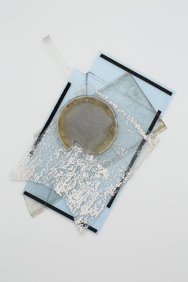 not titled 2014 plexiglas remnants, wire 40 x 25 x 2 inches Photo: Elizabeth Bernstein