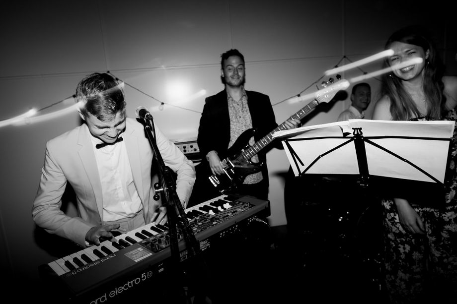 Other Live Bookable Acts -