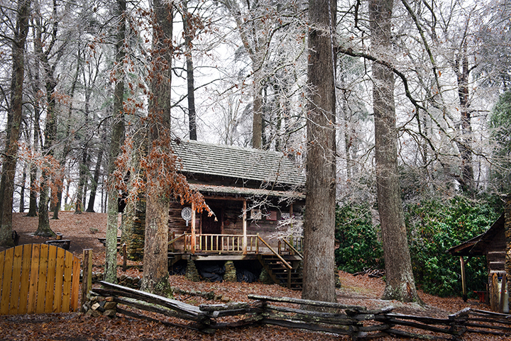 coffey cabin, ice.jpg