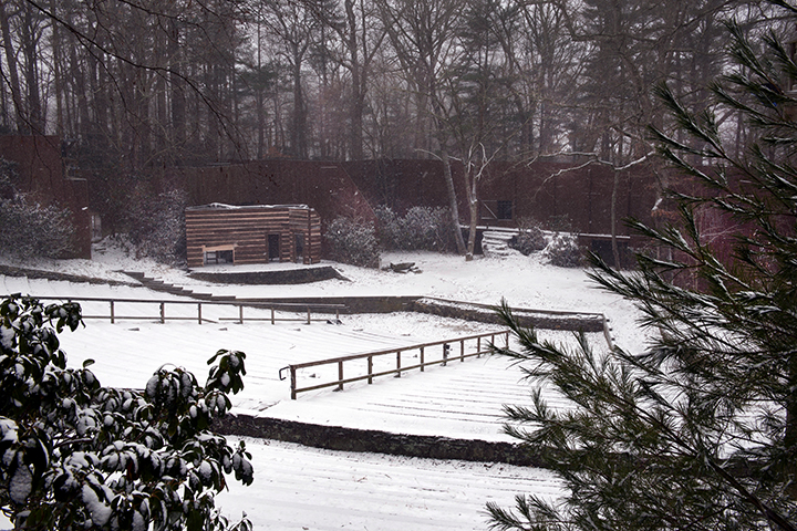 stage, snow, 2.jpg