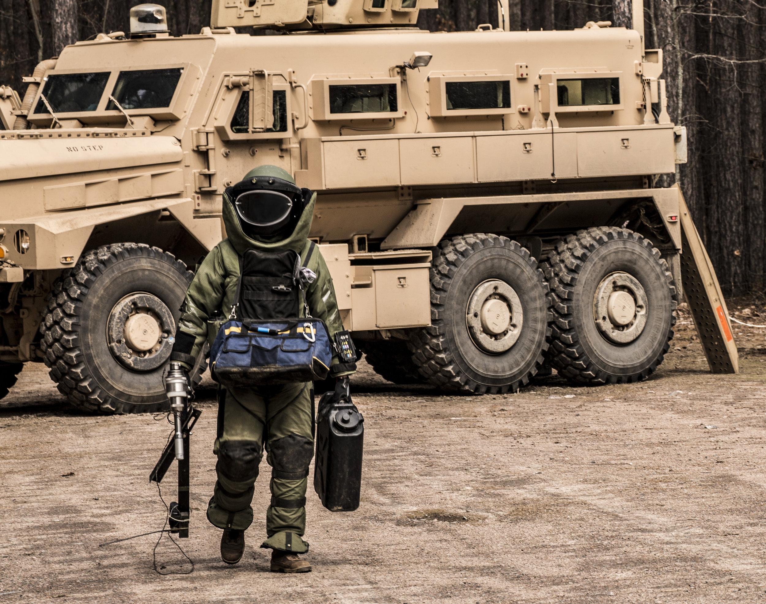 Explosive Ordnance Disposal (EOD) Operator training -  CFB Petawawa , ON