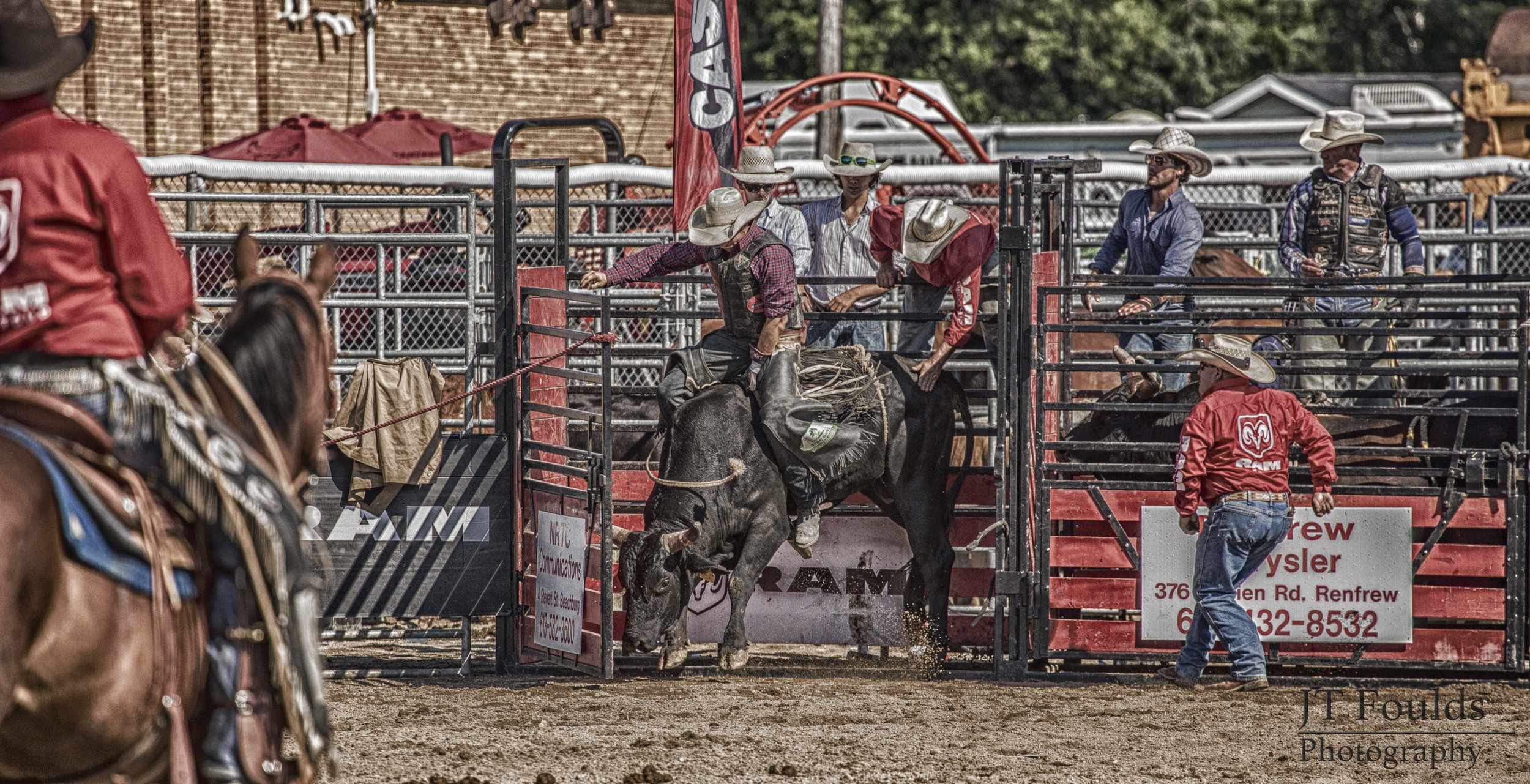 Ram Rodeo Tour - Beachburg - 23 July 2016 - 085 (HDR)(wm).JPG
