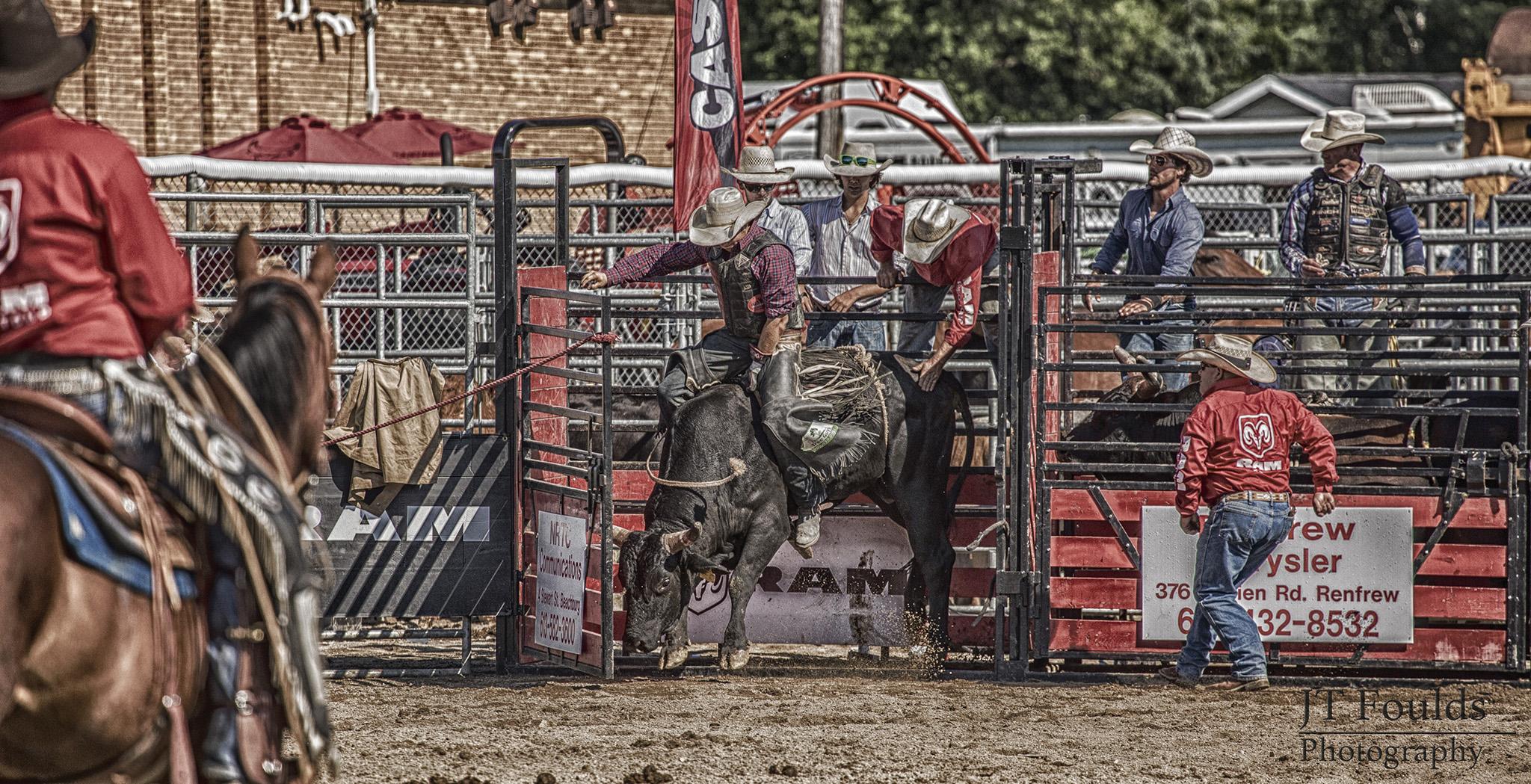 Ram Rodeo Tour - Beachburg - 23 July 2016 - 085 (HDR)(wm) (2048).jpg