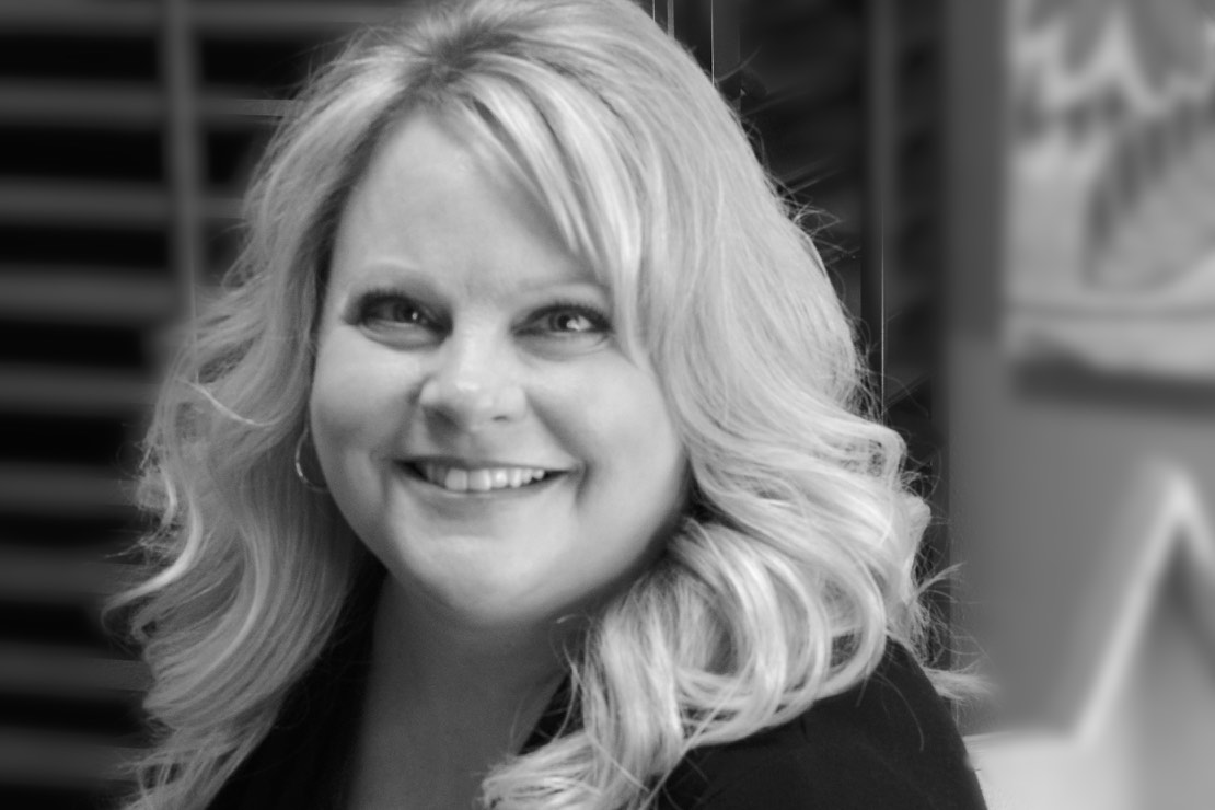 Meet Patti! - Patti has been in the service industry for over 30 years. She is best described as creative, detailed, patient, therapeutic, and aspiring. Her ability to listen and take into consideration your hair type, face shape, and personal style, makes her a top notch stylist. She truly works with you to achieve your desired look. Patti is also a big believer in always educating herself so she can constantly improve her technique in an ever-changing creative industry. Striving to make every experience relaxing and enjoyable, her goal is to make you look and feel beautiful.Book an appointment: 320-251-1707 ext# 2