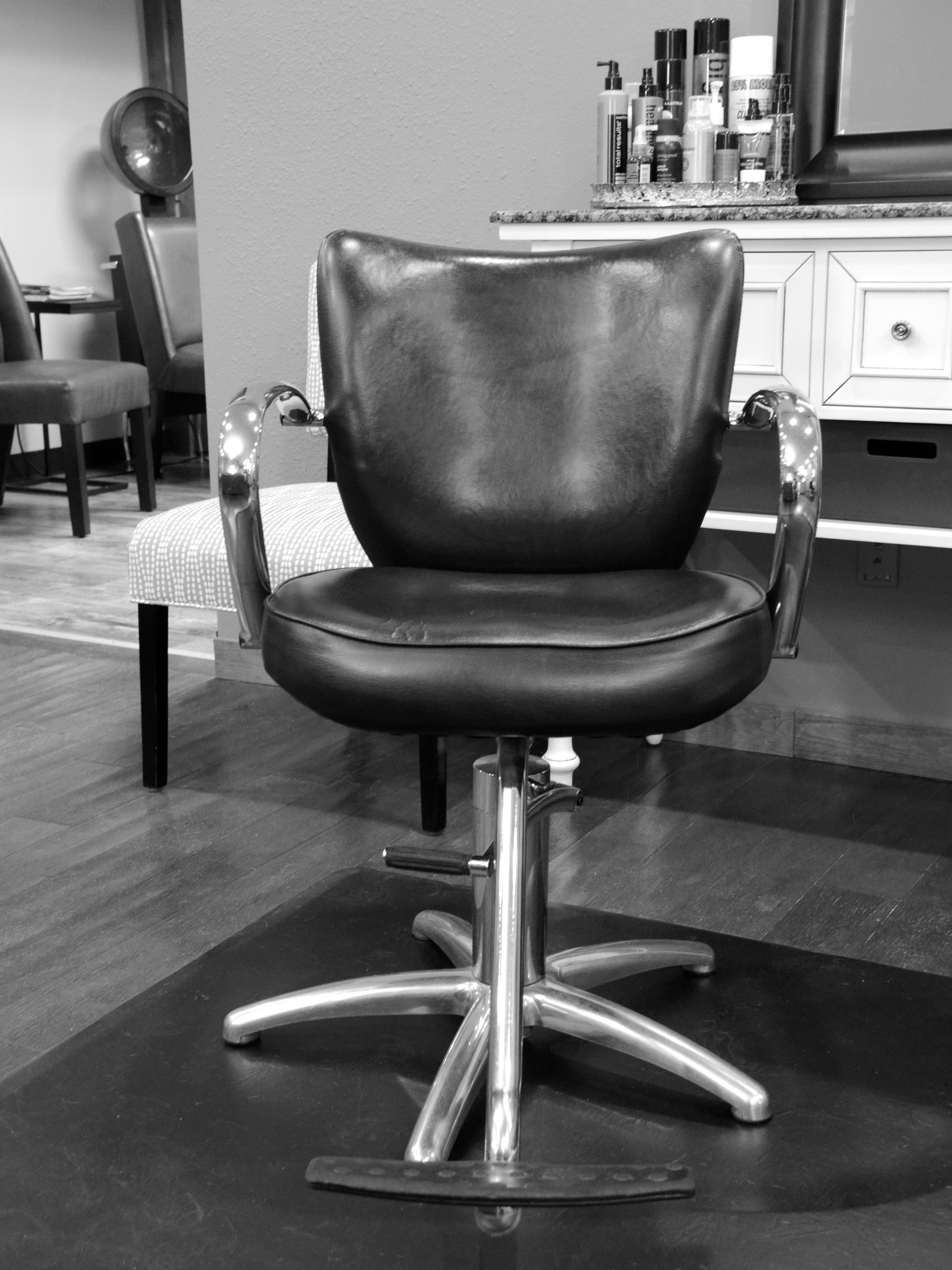 Chair Rental Available! - At Envy Hair Boutique, you'll find a team of exceptionally skilled craft hairdressers who bring their own unique perspective to the art of hair styling. Want to become part of our fun & ingenious team? Consider renting a chair with us!Our stylists are independent - meaning they are their own bosses. You would have complete freedom to express your own creativity and design your own schedule of appointments. Now, that is freedom that makes being a hair stylist a pure joy. Please email today to get detailed information on our monthly chair rental rates.And, for a limited time we want to extend a special bonus to all our new renters! We look forward to telling you all about it.