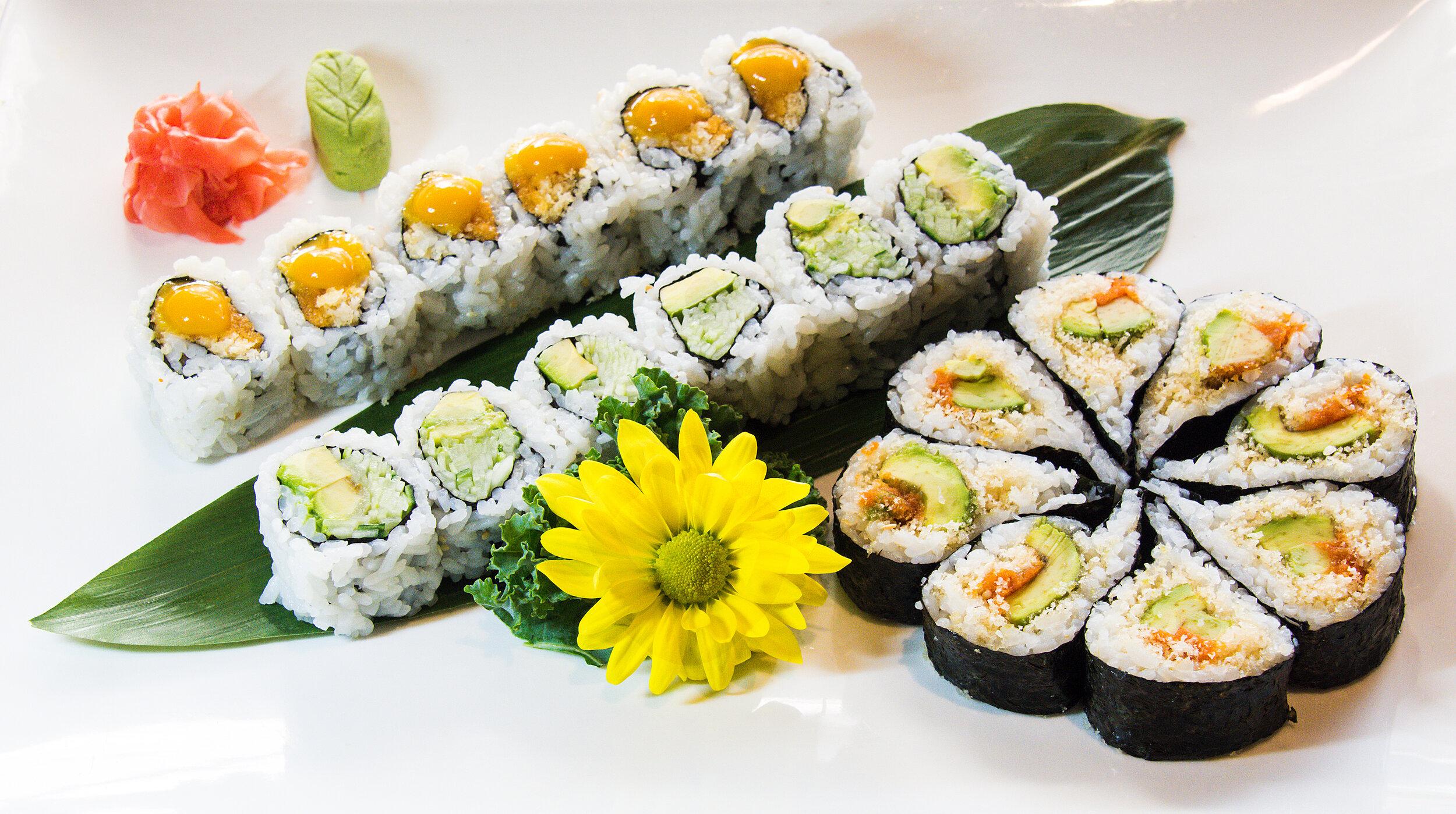 Cucumber Avocado Roll (6), Mango Crispies Roll (6) & Kamikaze Roll(8). 20 pcs