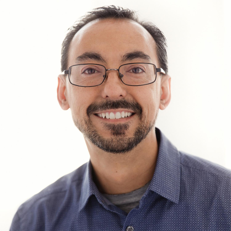 Mario Estrada, Moe's Home Decor  (CODE:MOESHOMEDECOR)