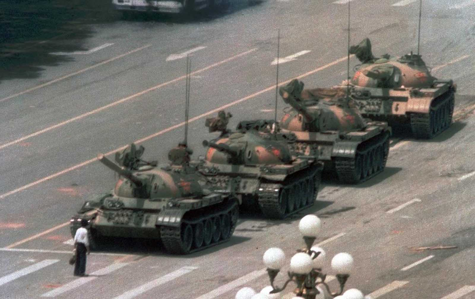 Tiananmen_Square_protests_1989 (1).jpg