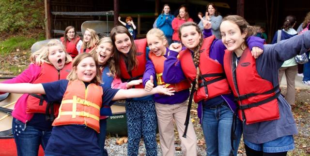 RVCC Fall Retreat Friends Kayaking!