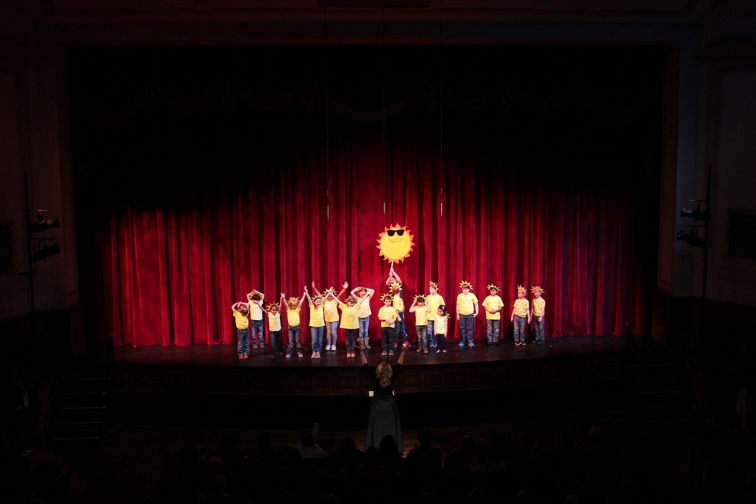 "Sibling Choir singing ""O Mister Sun"""