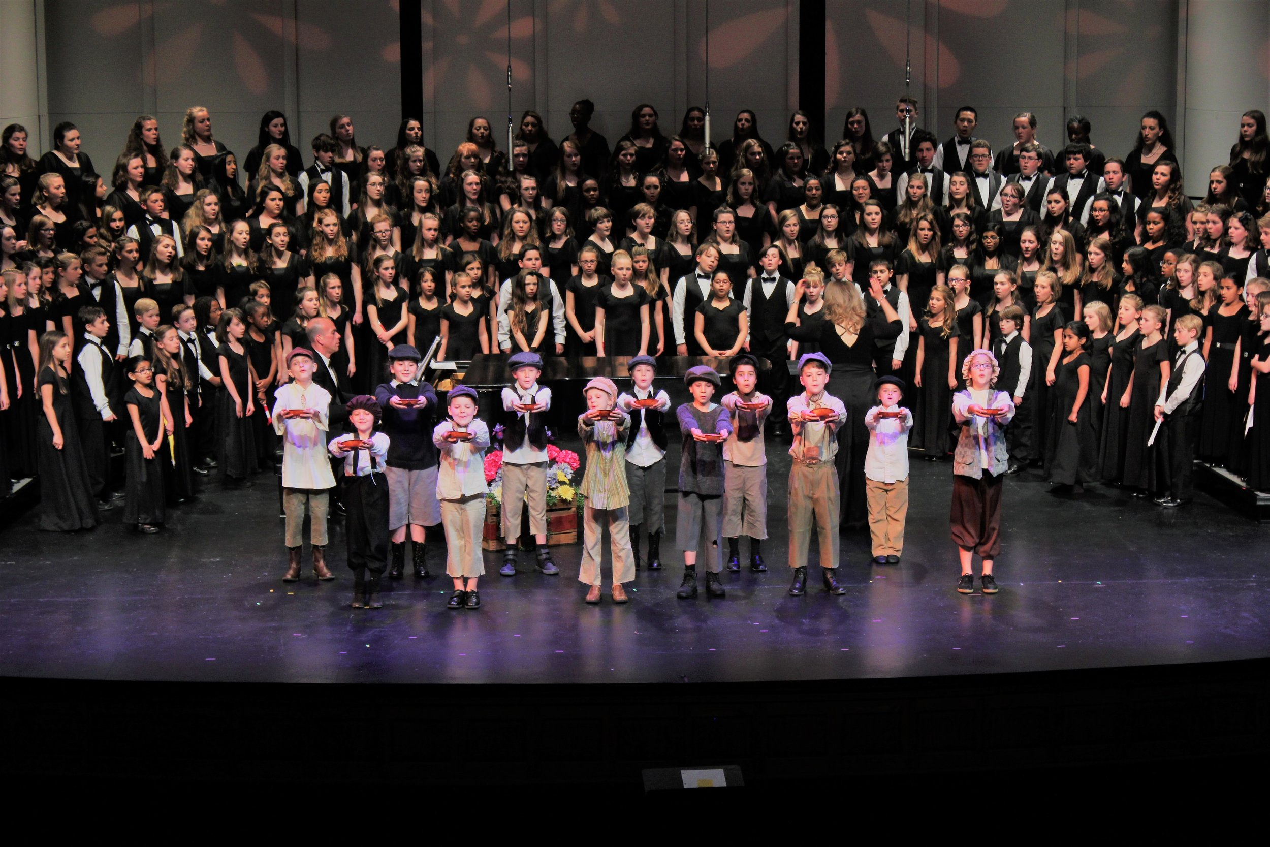 """Oliver Cast performs """"Food, Glorious Food"""""""