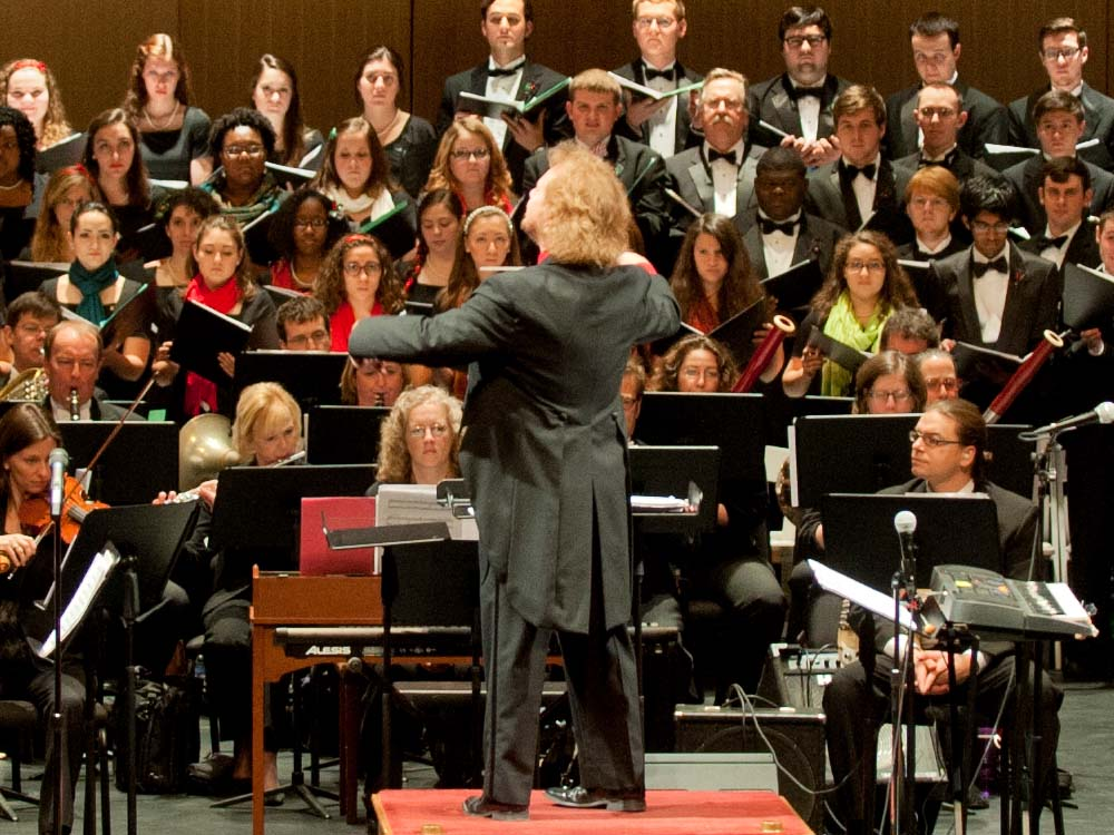 2019 Holiday Pops - Friday, December 6th, 7:30 pm at the Salem Civic Center in Salem, VA.Join the RSO Chorus, Virginia Tech Chorus, & the Roanoke Valley Children's Choir, the RSO and Maestro Wiley as we kick off the Holiday Season! It's Virginia's largest holiday tradition – an unbeatable concert experience at the Salem Civic Center.