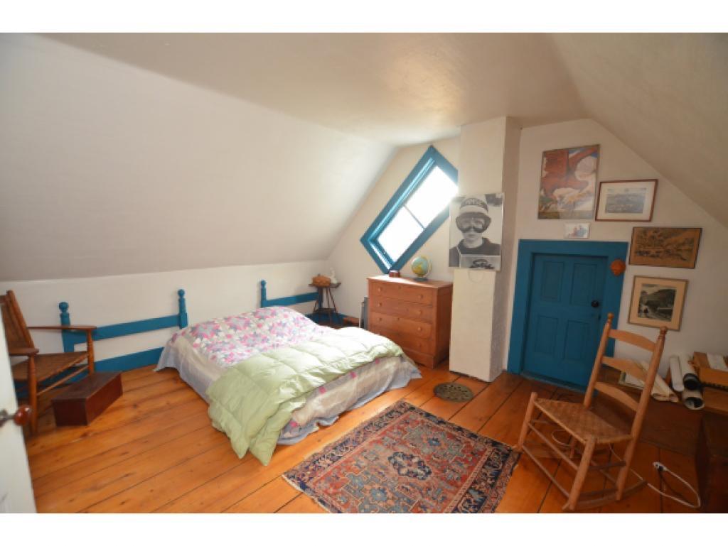Bedroom 1 Before 5.jpg