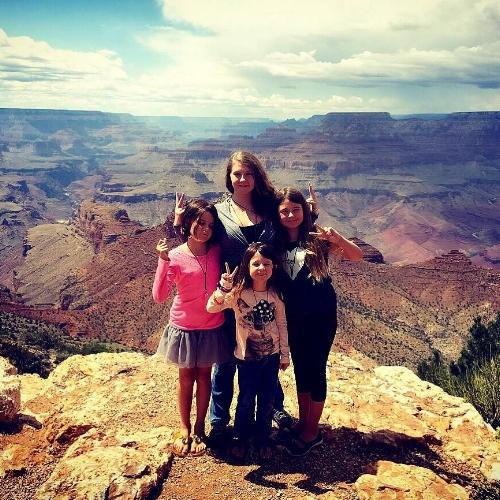 Abigail, Emma, Isabella, and Olivia Taylor at the Grand Canyon